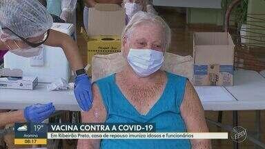 Ribeirão Preto inicia a vacinação de idosos e funcionários em casas de repouso - No ano passado, uma senhora abrigada morreu vítima da doença e nove trabalhadores foram infectados.