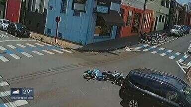 Cruzamento em São Carlos tem dois acidentes em dois dias - Colisões aconteceram na Rua 13 de Maio com a José Bonifácio.
