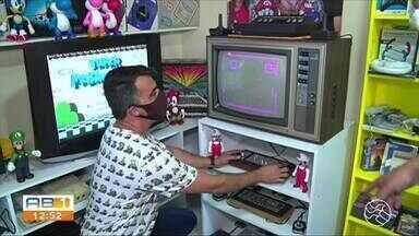 Colecionadores relatam paixão por videogames antigos - Equipamentos conquistam crianças, adolescentes e adultos desde a década de 80.