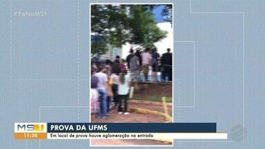 Vestibular da UFMS teve aglomeração em local de prova em Campo Grande - Uniderp, que cedeu salas, diz que não tem responsabilidade sobre organização