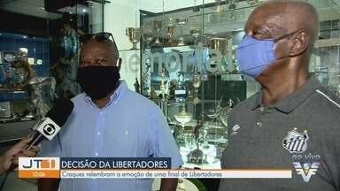 Ex-jogadores do Santos relembram participação na Libertadores - Craques falam sobre final emocionante e tempos de atuação.