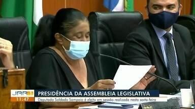 Deputado Soldado Sampaio é eleito presidente da Assembleia Legislativa de Roraima - A nova mesa diretora foi eleita por todos os 19 deputados que estavam presentes na sessão extraordinária. Sampaio e Renier são adversários políticos e já chegaram a trocar acusações públicas.