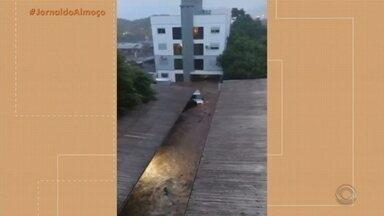 Após temporal, prefeitura de Santa Cruz do Sul decreta situação de emergência - Assista ao vídeo.