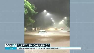 Chuva provoca alagamentos em Caratinga - BR-116 chegou a ficar interditada nessa sexta-feira.