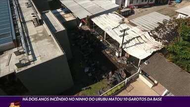 Há dois anos incêndio no Ninho do Urubu matou 10 garotos da base - Há dois anos incêndio no Ninho do Urubu matou 10 garotos da base