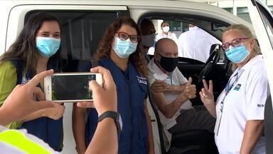 Zagallo é vacinado contra covid-19 no Rio de Janeiro - Zagallo é vacinado contra covid-19 no Rio de Janeiro