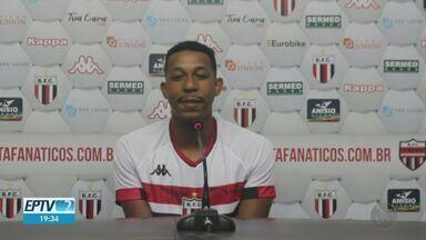 Botafogo-SP contrata meia Michel, que estava no Paraná - Atleta de 21 anos foi revelado nas categorias de base do Cruzeiro.