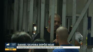Polícia Federal ouve Daniel Silveira sobre celulares encontrados na prisão - Agentes querem saber como o deputado federal manteve dois aparelhos enquanto estava sob custódia na Superintendência da Polícia Federal.