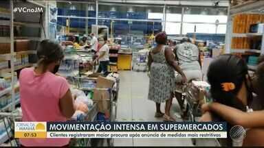 Supermercados de Salvador registram maior movimento após anúncio de medidas restritivas - Maior procura foi por bebias alcoólicas , que terão a venda proibida neste fim de semana.