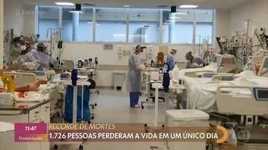 Mais de 1700 pessoas morreram de Covid-19 em 24h - Dra Rosana Richtmann tira dúvidas sobre momento da pandemia no Brasil, defende lockdown por duas semanas e diz que país precisa comprar mais vacinas urgentemente