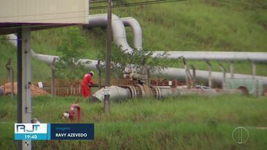 Gasolina continua pesando no bolso do motorista, em Campos - Após quinto reajuste nas refinarias, preço do combustível passou dos R$ 6 nos postos do Norte Fluminense.