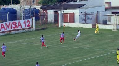 Com um gol em cada tempo, Linense vence o Bandeirante pela Série A3 - O Linense venceu o Bandeirante por 2 a 1, na tarde desta quarta-feira, em partida disputada no estádio Gilbertão, em Lins, e válida pela segunda rodada da Série A3 do Campeonato Paulista.