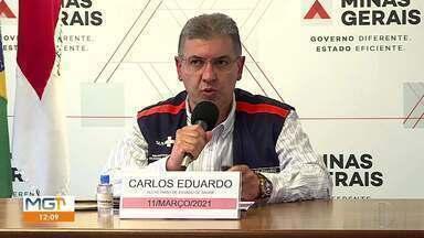 Zema anuncia afastamento do secretário de Saúde - Carlos Eduardo Amaral virou centro de polêmica após denúncia de 806 servidores administrativos da pasta terem 'furado fila' e se vacinado contra a COVID-19.