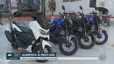 Procura por motos aumenta em Ribeirão Preto com delivery em alta - Pessoas demitidas buscam alternativa na entrega de mercadorias.