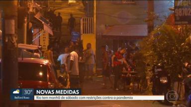 Mesmo com restrições, Rio tem aglomerações e desrespeito às regras - Pacote de medidas proíbe permanência nas ruas nas madrugadas