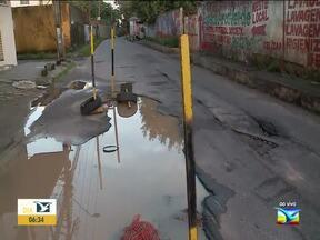 Moradores reclamam de problemas de infraestrutura em bairro em São Luís - Segundo os moradores, um buraco que tá ocupando metade da pista no Residencial Pinheiros, na capital.