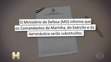 Ministério da Defesa anuncia saída dos comandantes das três Forças Armadas - Na nota, o ministério não informou o motivo da saída dos três nem nomes dos substitutos. Anúncio acontece um dia após Fernando Azevedo e Silva ter deixado cargo de ministro.