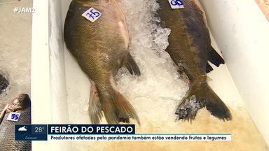 Feirão do Pescado segue até esta sexta-feira (2) em Manaus - Produtores afetados pela pandemia também estão vendendo frutas e legumes