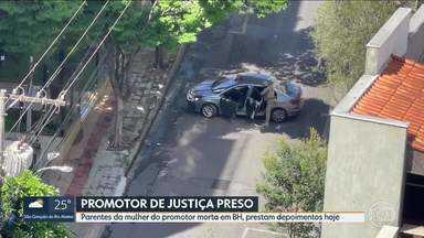 Pai e irmã de mulher de promotor morta em BH prestam depoimento nesta segunda-feira (05) - Lorenza Maria Silva de Pinho, de 41 anos, morreu na sexta-feira (2), no apartamento onde morava com o marido, o promotor André Garcia Pinho, e os cinco filhos no bairro Buritis. Ele está preso.