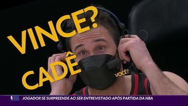 Jogador se surpreende ao ser entrevistado após partida da NBA - Jogador se surpreende ao ser entrevistado após partida da NBA