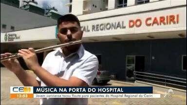 Jovem caririense toca flauta para pacientes do Hospital Regional do Cariri - Saiba mais em g1.com.br/ce