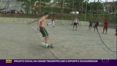 Projeto social na Cidade Tiradentes une esporte e solidariedade - Projeto social na Cidade Tiradentes une esporte e solidariedade