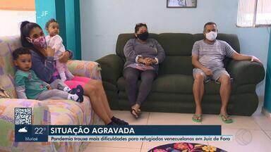 Venezuelanos refugiados em Juiz de Fora passam por dificuldades em meio à pandemia - Maior problema enfrentado por estrangeiros é o desemprego e a dificuldade de recolocação no mercado. Associação prestou auxílio a mais de 150 famílias.
