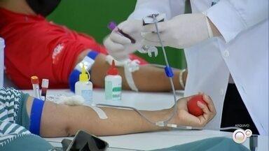 Hemocentro de Botucatu pede doações de todos os tipos sanguíneos - Os estoques do Hemocentro do Hospital das Clínicas da Faculdade de Medicina de Botucatu (HCFMB) estão em níveis críticos e precisam da doação de todos os tipos sanguíneos.