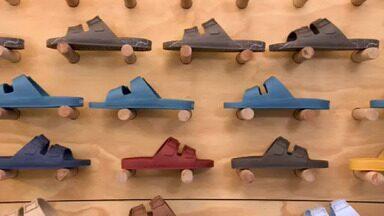 Jovem empreendedora lança marca de calçados veganos após descobrir doença ortopédica - Com vendas pela internet e até fora do país, Linus cresceu 700% entre janeiro de 2020 e janeiro de 2021.