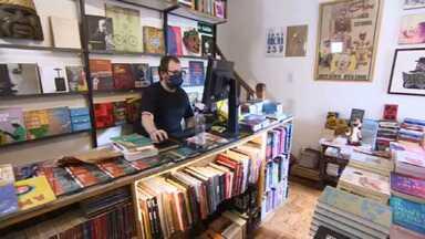 Livraria sobrevive à crise do mercado editorial com venda de livros raros e segmentados - Comércio de livros fatura R$ 75 mil por mês com vendas pela internet e espaço físico na capital paulista.