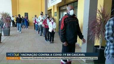Pessoas com Síndrome de Down e que fazem hemodiálise são vacinadas contra a Covid - O secretário de Saúde de Cascavel esclareceu as dúvidas sobre a vacinação dos grupos com comorbidades.