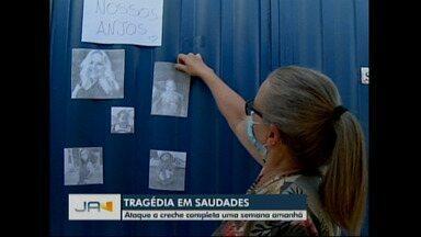 Tragédia em Saudades completa uma semana - A equipe da NSC TV volta ao local onde 3 crianças e 2 educadoras perderam a vida no oeste catarinense