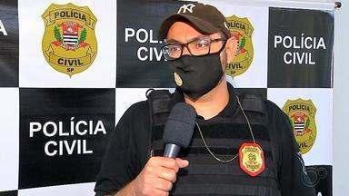Polícia cumpre mandados de busca e apreensão da Operação Raio X na região de Araçatuba - Três mandados de busca e apreensão foram cumpridos por policiais da Divisão Especializada de Investigações Criminais (Deic) de Araçatuba (SP), na manhã desta terça-feira (11), com o objetivo de reunir elementos que auxiliem na investigação de documentos apresentados por médicos presos na Operação Raio X.