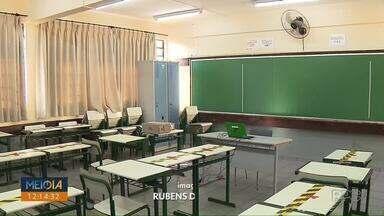 Diretores e monitores aguardam retorno presencial de alunos nas escolas cívico-militares - Em Londrina, 14 escolas receberam a aprovação da comunidade para funcionar neste modelo.