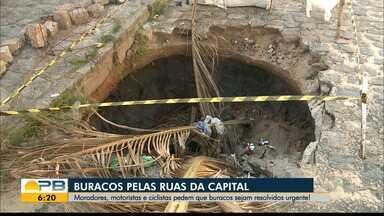Moradores, motoristas e ciclistas reclamam de buracos nas ruas de João Pessoa - Mobilidade urbana tem problemas causados pela infraestrutura da cidade.