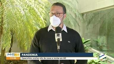 Infectologista diz que MS precisa tomar medidas restritivas - Júlio Croda analisou o aumento dos casos de Covid