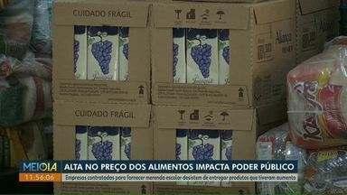 Escolas de Cascavel readaptam cardápio da merenda para suprir falta de alguns alimentos - Empresas contratadas desistiram de entregar produtos por causa do aumento nos preços.