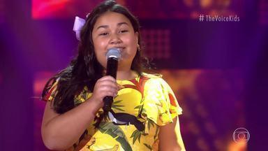 Izadora Rodrigues canta 'Meu Violão e o Nosso Cachorro' - Confira a apresentação