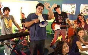 Video Show faz novo clipe para Quadribanda de Malhação! - André Marques ataca de diretor e comanda a gravação com o elenco.