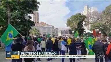 Manifestantes fazem ato a favor de Bolsonaro e do voto impresso na região de Campinas - Na metrópole em Piracicaba, os protestos foram acompanhados pela Polícia Militar e Guarda Municipal e terminaram sem tumulto.