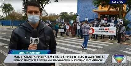Câmara aprova em primeira votação instalação de termelétricas em São José - O projeto, que é alvo de contestação da Defensoria Pública, ambientalistas e especialistas, foi aprovado com 17 votos favoráveis e apenas dois contrários. Aprovação ainda depende de segunda votação.