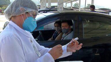 Cidades do Alto Tietê organizam ações especiais para vacinação contra a Covid-19; confira - Poá inicia vacinação contra a doença em moradores entre 15 e 17 anos. Mogi raliza vacinaço de 36 horas. Ferraz prepara 'Dia V de Vacinação' para este sábado (14).