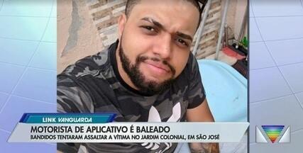 Motorista de aplicativo é baleado em tentativa de assalto em São José - Felipe Luiz de Souza estava a 50 metros de casa, quando foi rendido por dois homens armados em uma moto, conseguiu fugir, mas foi baleado no rosto. Ninguém foi preso.
