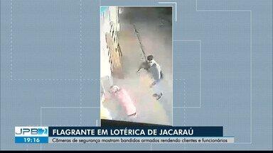 Câmera de segurança mostra assalto a lotérica de Jacaraú - Homens armados renderam clientes e funcionários.