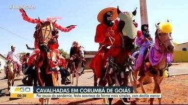 Desfile marca data das cavalhadas em Corumbá de Goiás - Por causa da pandemia, cavalhadas acontecem de forma mais simples.