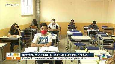 Belém retoma as aulas presenciais da rede municipal, nesta segunda-feira, 13 - Belém retoma as aulas presenciais da rede municipal, nesta segunda-feira, 13.
