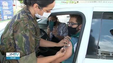 Aplicação de 2ª dose e dose de reforço movimentam postos de vacinação em São Luís - Retardatários e idosos com mais de 70 anos que tomaram a 2ª dose há mais de seis meses precisam completar o ciclo de vacinação.
