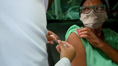Mesmo com queda nos casos de Covid no RS, especialistas reforçam medidas de prevenção - Médicos afirmam que a melhor forma de conter surtos da doença é continuar usando máscara e pedem que a população se vacine.