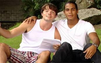 Dueto Micael Borges e Daniel Dalcin - O Video Show mostra o impossível: transforma os ex-rivais de Malhação em dupla de cantores.