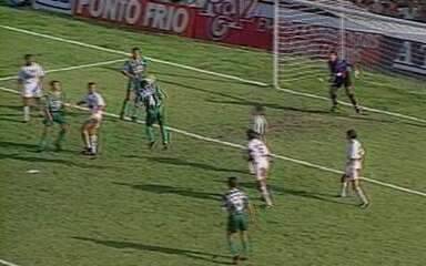 Em 1996, Palmeiras goleia o Santos por 6 a 0 no Campeonato Paulista